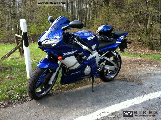2000 Yamaha  R6 RJ03 Motorcycle Racing photo