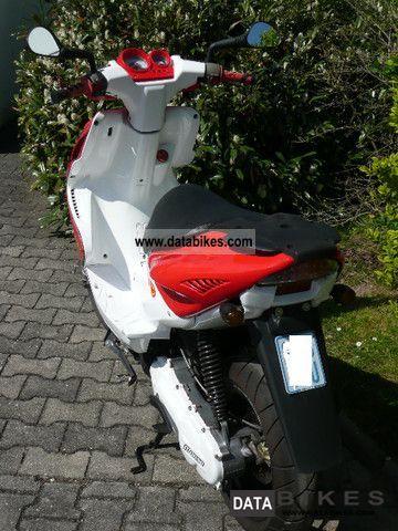 2008 Yamaha  Aerox Motorcycle Scooter photo