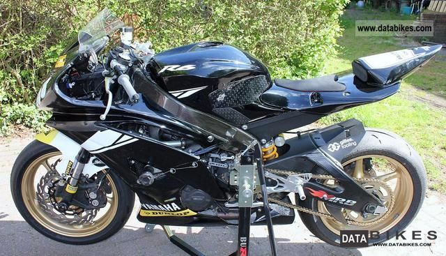 2011 Yamaha  R 6 RJ 15 Motorcycle Racing photo