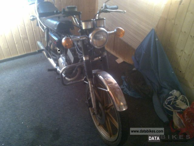 1981 Yamaha  RD 50 Motorcycle Motor-assisted Bicycle/Small Moped photo