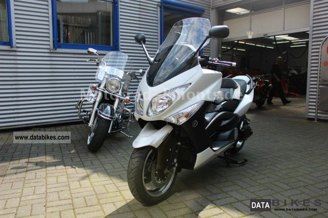 2010 Yamaha  T max max limited edition white T max T-max Motorcycle Scooter photo