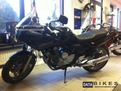 2003 Yamaha  XJ600S Motorcycle Super Moto photo