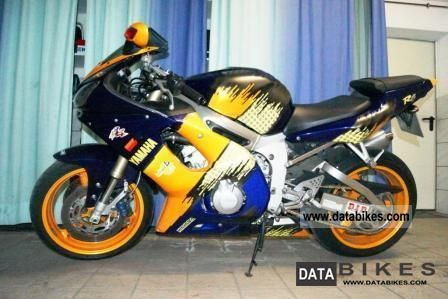 2002 Yamaha  R6 Motorcycle Motorcycle photo