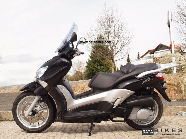 2010 Yamaha  X-City 250 Motorcycle Scooter photo