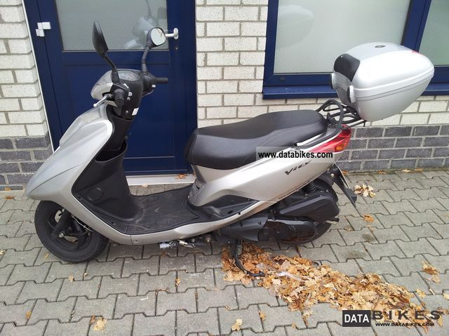 2009 Yamaha  Vity XC125E Motorcycle Scooter photo