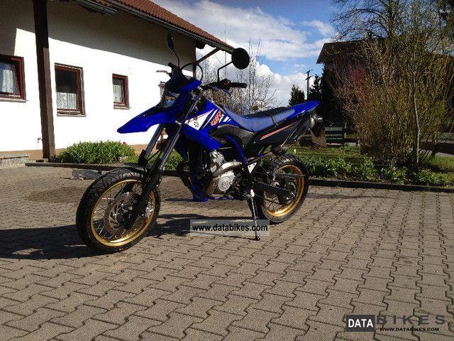 2012 Yamaha  WR 125x Motorcycle Lightweight Motorcycle/Motorbike photo