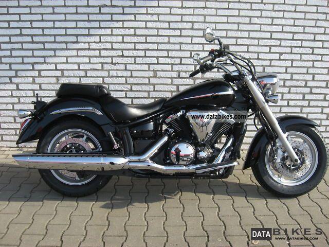 2011 Yamaha  XVS 1300 A Midnight Star Motorcycle Chopper/Cruiser photo