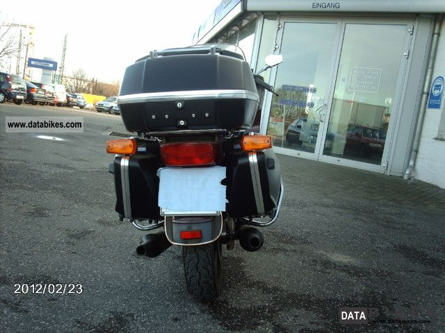 1986 Yamaha  XVZ 1200 Motorcycle Chopper/Cruiser photo