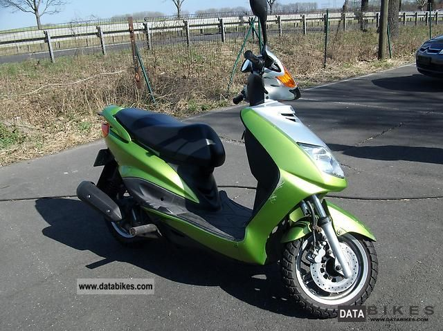 2007 Yamaha  RC Motorcycle Scooter photo