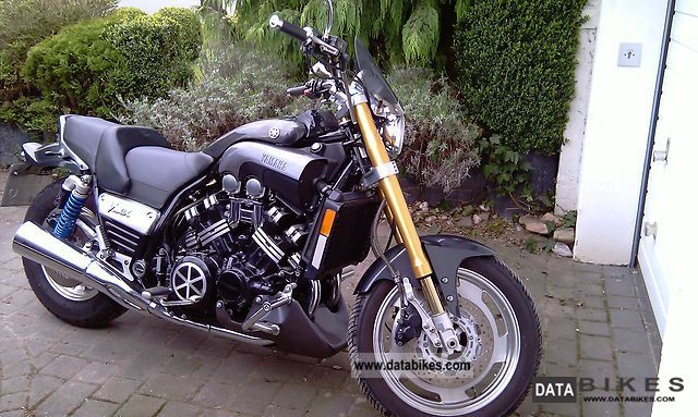 2001 Yamaha  V Max Motorcycle Naked Bike photo