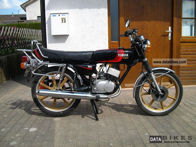 1985 Yamaha  RD 50 M Motorcycle Motor-assisted Bicycle/Small Moped photo