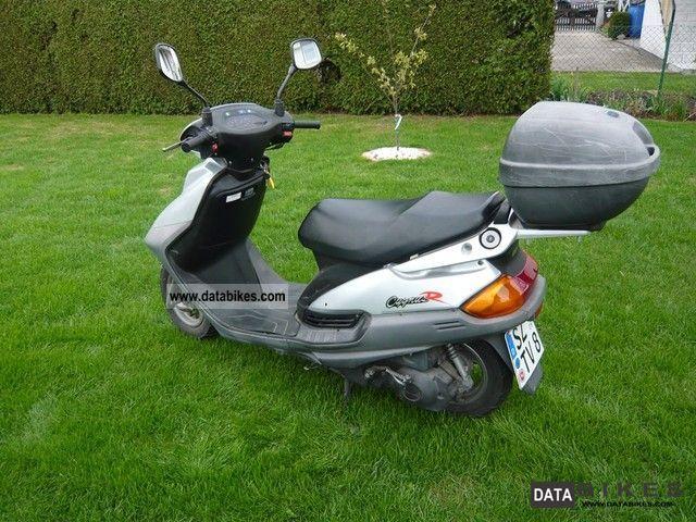 1996 Yamaha  125 Motorcycle Scooter photo