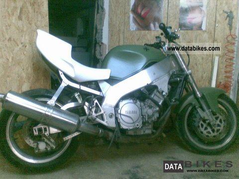 1995 Yamaha  YZF Motorcycle Streetfighter photo