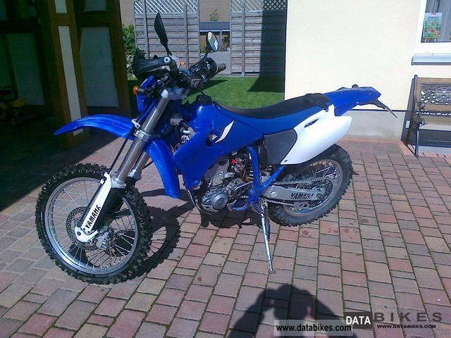 Yamaha  WR400F 2004 Enduro/Touring Enduro photo