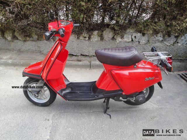 1983 Yamaha  about 50 Salient Motorcycle Scooter photo