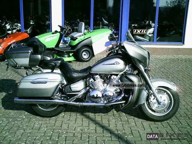2001 Yamaha  XVZ1300TF venture Motorcycle Chopper/Cruiser photo