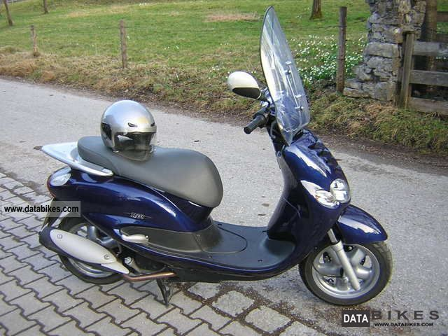 Yamaha  Teo 2001 Scooter photo