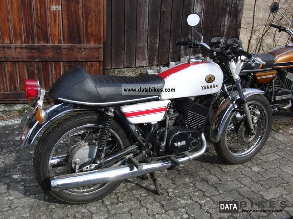 Yamaha  RD 250 1975 Vintage, Classic and Old Bikes photo