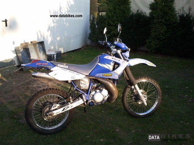 2005 Yamaha  DT 125 Motorcycle Lightweight Motorcycle/Motorbike photo