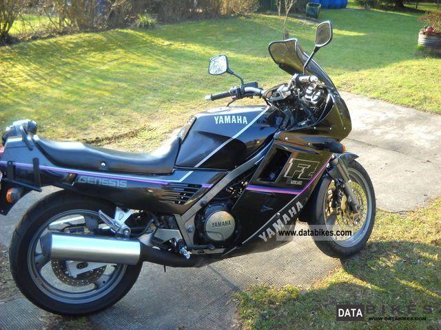 Yamaha  FZ 750 1990 Motorcycle photo
