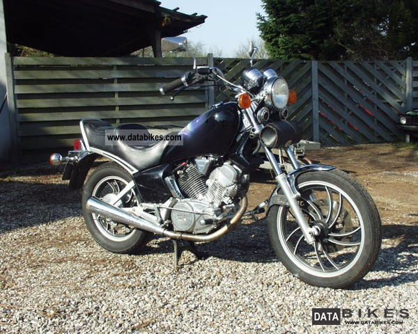 1986 Yamaha  XV 500 Motorcycle Chopper/Cruiser photo