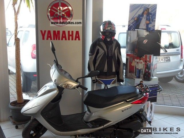 2011 Yamaha  Vity 125 Motorcycle Scooter photo