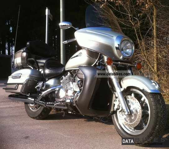 2001 Yamaha  1300 Royal Star Venture XVZ! Motorcycle Tourer photo