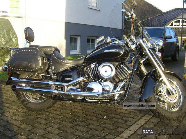 2006 Yamaha  1100 Drag Star Classic Motorcycle Chopper/Cruiser photo
