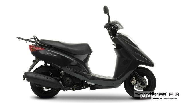 2011 Yamaha  Vity XC 125 E Motorcycle Scooter photo