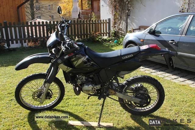 2004 Yamaha  DT RE Motorcycle Lightweight Motorcycle/Motorbike photo