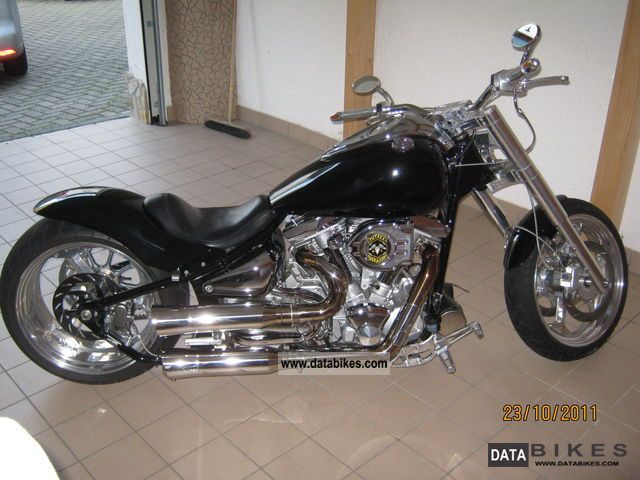 1999 Yamaha  1600 Motorcycle Chopper/Cruiser photo