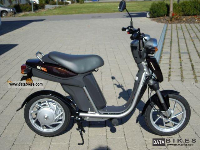 Yamaha  EC-03 2011 Electric Motorcycles photo