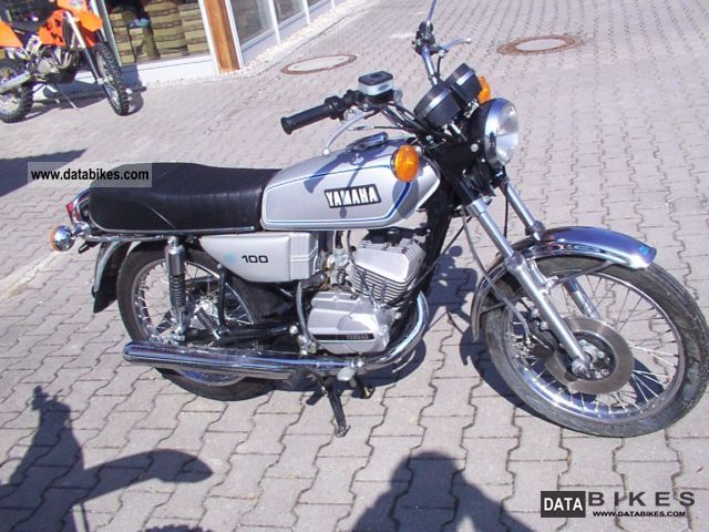 Yamaha  RS 100 700km like new! 1979 Vintage, Classic and Old Bikes photo