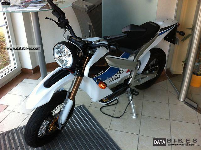 2010 Zero  S Motorcycle Super Moto photo
