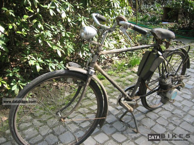 1960 Other  Bicycle with auxiliary engine Triumph engine with MAW Motorcycle Motor-assisted Bicycle/Small Moped photo