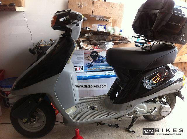 1996 Other  Sundiro Motorcycle Scooter photo