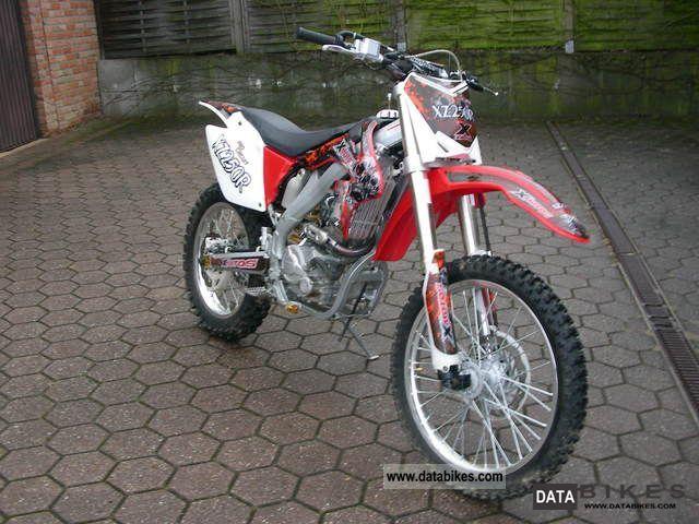 Suzuki Sx Cross Xz