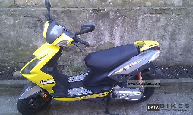 Other  Race 50 Explorer Limted Edition 2010 Scooter photo