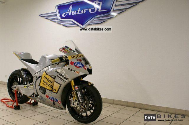 2010 Other  Moriwaki MD600 Prototype Moto2/MotoGP Rennmotorr Motorcycle Racing photo