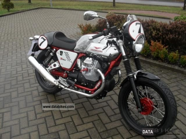 2011 Other  MOTO GUZZI V7 Racer Motorcycle Naked Bike photo