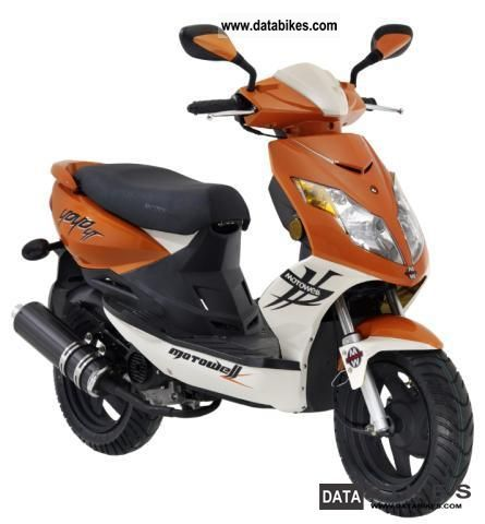 2011 well yoyo moto 4t even as a moped 25 km h. Black Bedroom Furniture Sets. Home Design Ideas