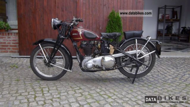 Other  Ariel-WW II year 1943 350cc 1943 Vintage, Classic and Old Bikes photo