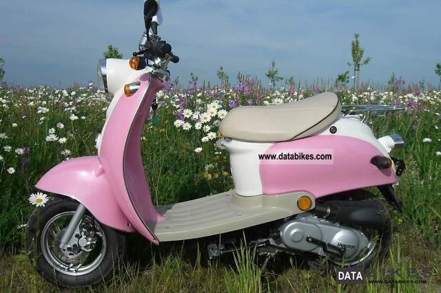 2007 Other  Retro pink scooter 25 km / h moped new Motorcycle Scooter photo