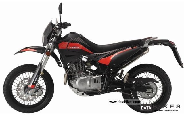 2011 Other  Luxxon Supermoto 125 Motorcycle Super Moto photo