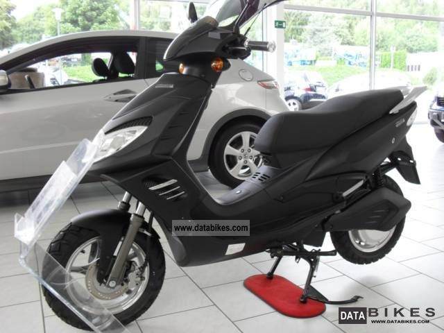 Other  Airpro 690 2011 Electric Motorcycles photo