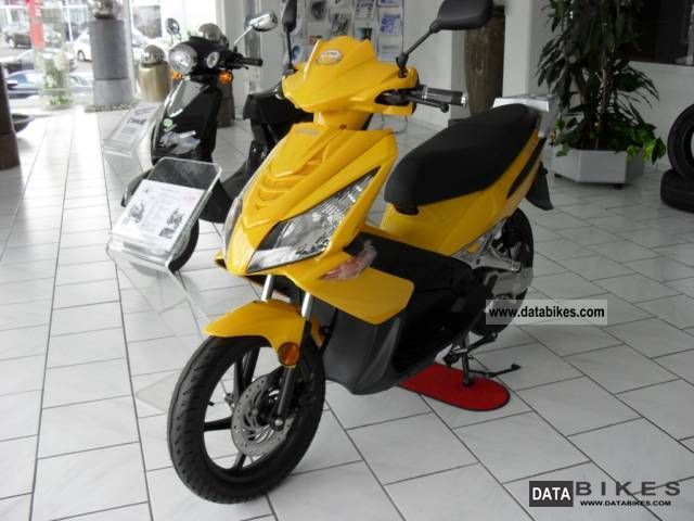 Other  Airpro 389 2011 Electric Motorcycles photo