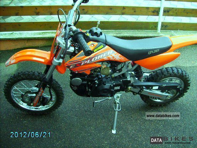 2010 Explorer  XRX 125 Mini Motocross Motorcycle Lightweight Motorcycle/Motorbike photo
