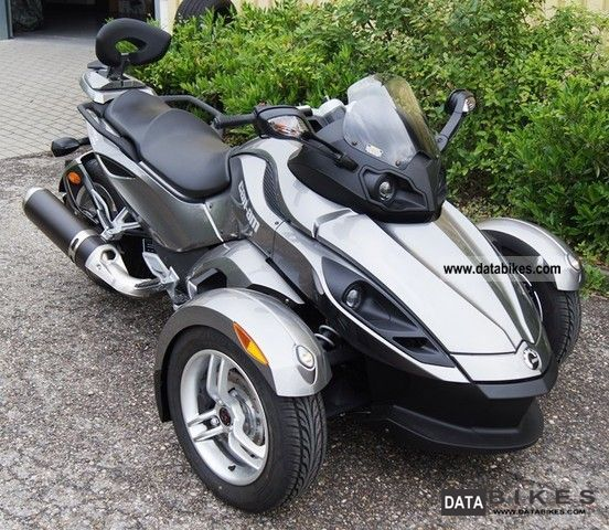 2012 Bombardier  Can Am Spyder Roadster SM5 RS Motorcycle Trike photo
