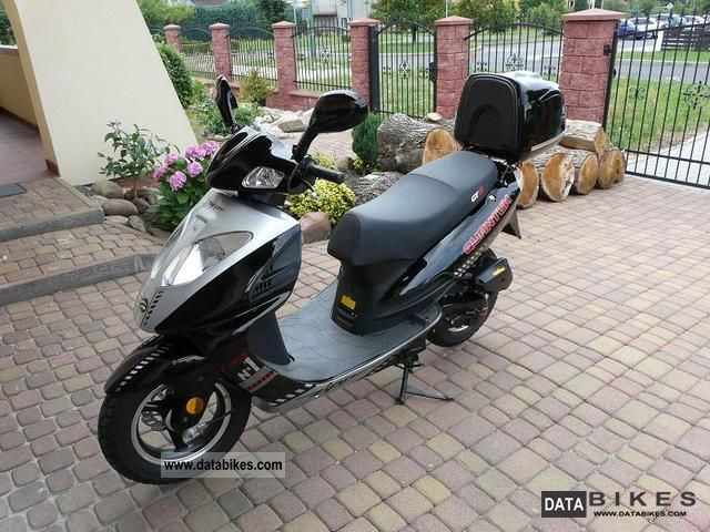 2010 Other  Skuter ZIPP 100% TUNING QUANTUM GT5 SPRAWNY Motorcycle Scooter photo