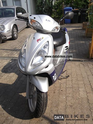 2004 SYM  Jet 50 x € Motorcycle Scooter photo